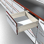 Szuflada METABOX 330H firmy Blum. Bok H=150mm, Dł.40cm, 30kg, Wysuw Pełny, Kremowa Komplet Metabox 330H zawiera prowadnice korpusu prawą i lewą oraz...