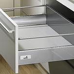 Sprzedawany zestaw zawiera:1. InnoTech szuflada z wysokim frontem2. Quadro V6+ Push to open 470mm, EB 10.5 mm---------------------1. InnoTech szuflada z...