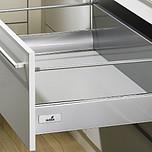 Sprzedawany zestaw zawiera:1. InnoTech 470/176 szuflada z wysokim frontem2. Prowadnica Quadro 25 ze Stop Control 470 mm---------------------1. InnoTech 470/176...