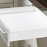 Sprzedawany zestaw zawiera:1. InnoTech Drawer set,470 / 54, kolor biały2. Quadro V6 Push to open 470 mm, EB 10.5 mm---------------------1. InnoTech Drawer...