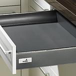 Sprzedawany zestaw zawiera:1. Szuflada/szuflada wewnętrzna InnoTech2. Quadro V6 Push to open 470 mm, EB 10.5 mm---------------------1. Szuflada/szuflada...