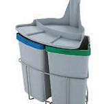 Kosz do sortowania odpadów Eko Center  Pojemność 2 x 9l Do korpusu o szerokości 40cm  * kosze współpracują z drzwiczkami otwieranymi na...