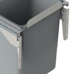 Mocowanie Frontu Do Pojemników Na Śmieci JC601, 602, 603, 604 metal lakier srebrny DS  Pojemniki na odpady JC 601, 602, 603 oraz 604 to idealne...